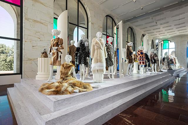 """Выставка """"Fendi Roma. Мастера мечты"""" в Риме (фото 7)"""