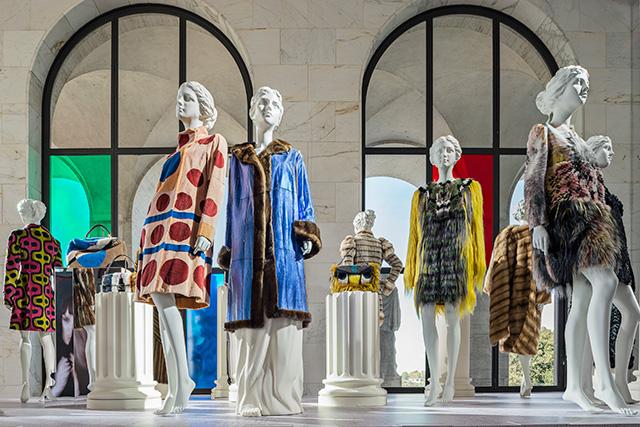 """Выставка """"Fendi Roma. Мастера мечты"""" в Риме (фото 8)"""