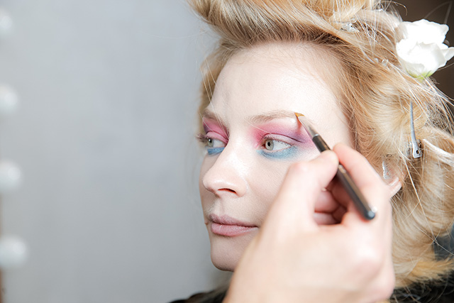 Точная копия: Светлана Ходченкова в образе с показа Chanel (фото 5)