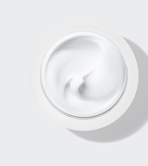 Как правильно подбирать бьюти-продукты, если ваша кожа склонна к акне (фото 1)