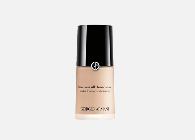 Luminous Silk Foundation от Giorgio Armani, 4350 руб.
