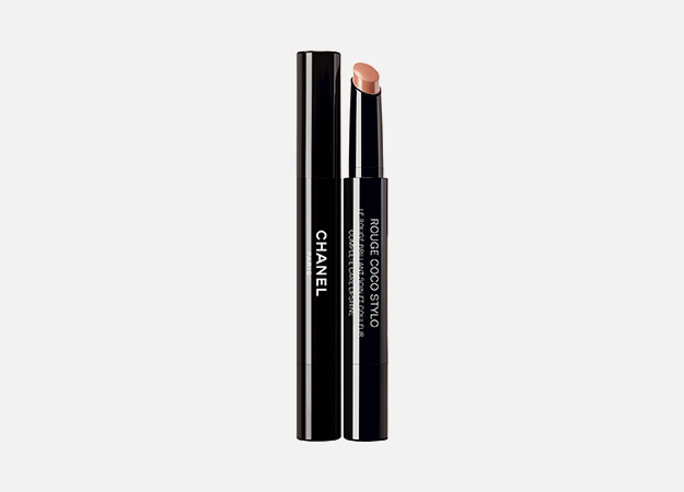 Rouge Coco Stylo от Chanel, 2 665 руб.