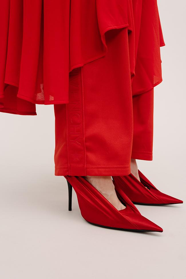 Как носить красные вещи: 5 образов (фото 3)