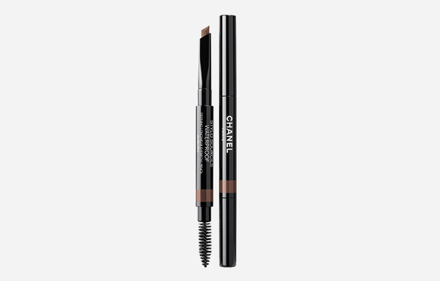 Stylo Sourcils Waterproof от Chanel, 2 835 руб.