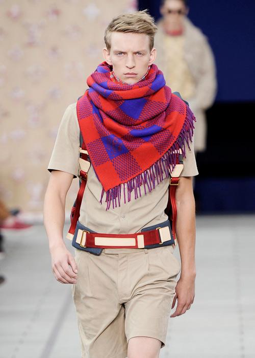 12db8ea6f01b Что Ким Джонс успел сделать для Louis Vuitton   Buro 24 7