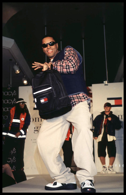 #tbt: коллекция Tommy Hilfiger 1996 года (фото 1)