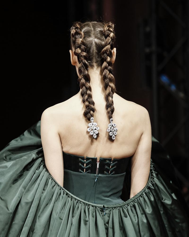 Прически с Недели высокой моды в Париже (фото 2)