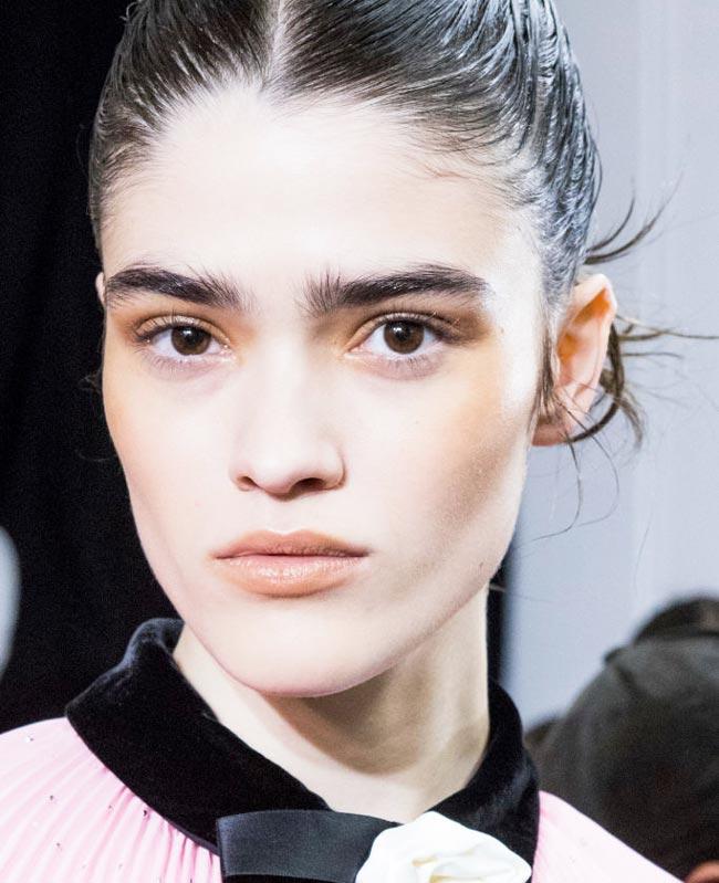 Тенденции в макияже, осень-зима 2018 (фото 15)