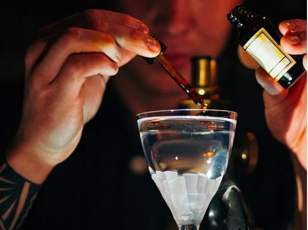 Бары, где можно попробовать коктейли по мотивам ароматов (фото 1)