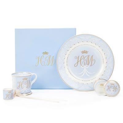 Какие сувениры просить у друзей из Лондона накануне свадьбы Меган Маркл и принца Гарри (фото 10)