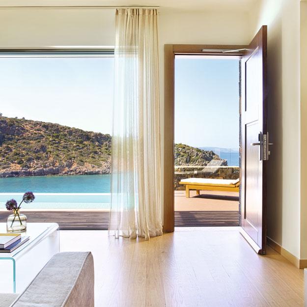 По соседству с Минотавром: как устроен лучший отель на Крите (фото 1)