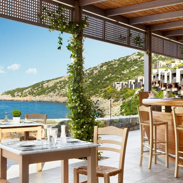 По соседству с Минотавром: как устроен лучший отель на Крите (фото 6)