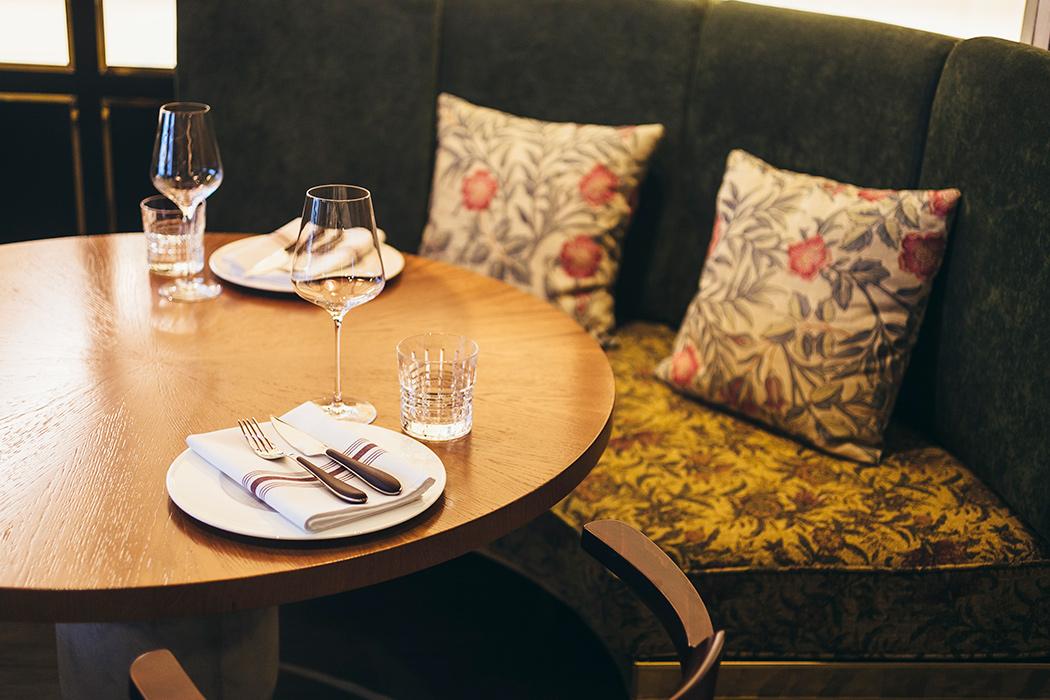 Все о ресторане Buro TSUM: как найти, что попробовать, есть ли завтраки и веранда (фото 9)