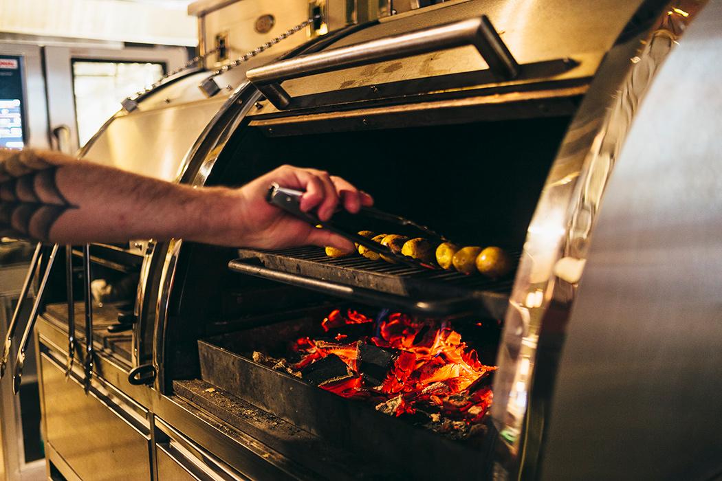 Все о ресторане Buro TSUM: как найти, что попробовать, есть ли завтраки и веранда (фото 10)