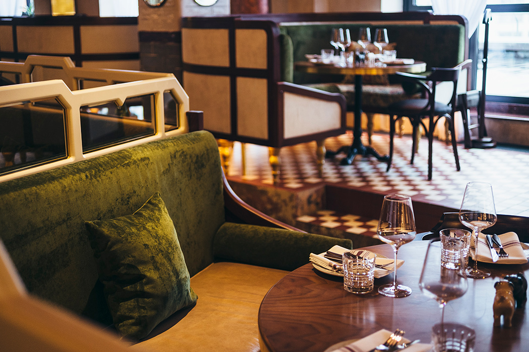 Все о ресторане Buro TSUM: как найти, что попробовать, есть ли завтраки и веранда (фото 5)