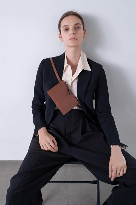 У каких брендов искать вещи в духе Céline Фиби Файло (фото 1)