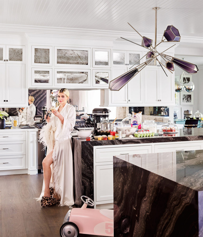 Как выглядит дом Кайли Дженнер в Лос-Анджелесе (фото 8)