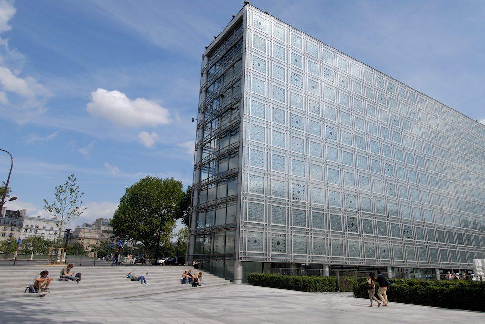 Сила света: 6 лучших примеров новой стеклянной архитектуры (фото 1)