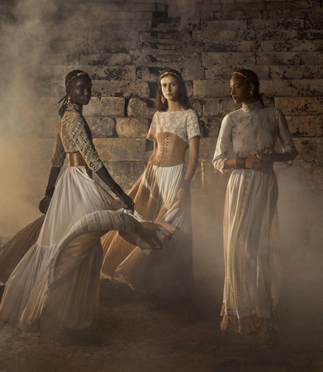 Dior выпустил кампанию новой круизной коллекции — ее снимали в Апулии (фото 1)