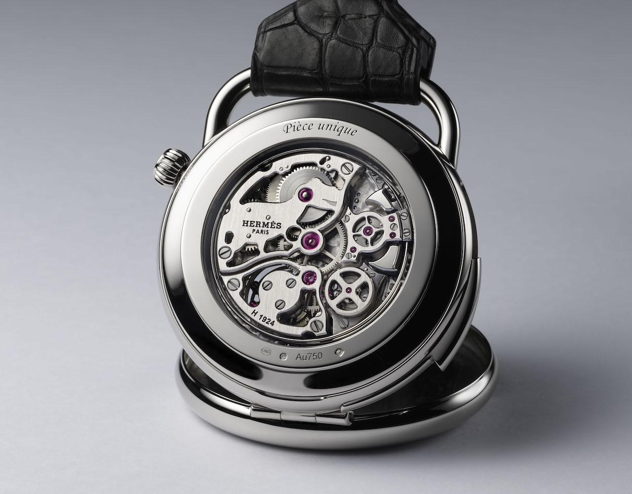 Hermès выпустил карманные часы с изображением тираннозавра (фото 4)