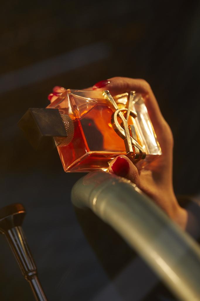 Дочь Ренаты Литвиновой приняла участие в проекте к выходу нового аромата Yves Saint Laurent (фото 7)