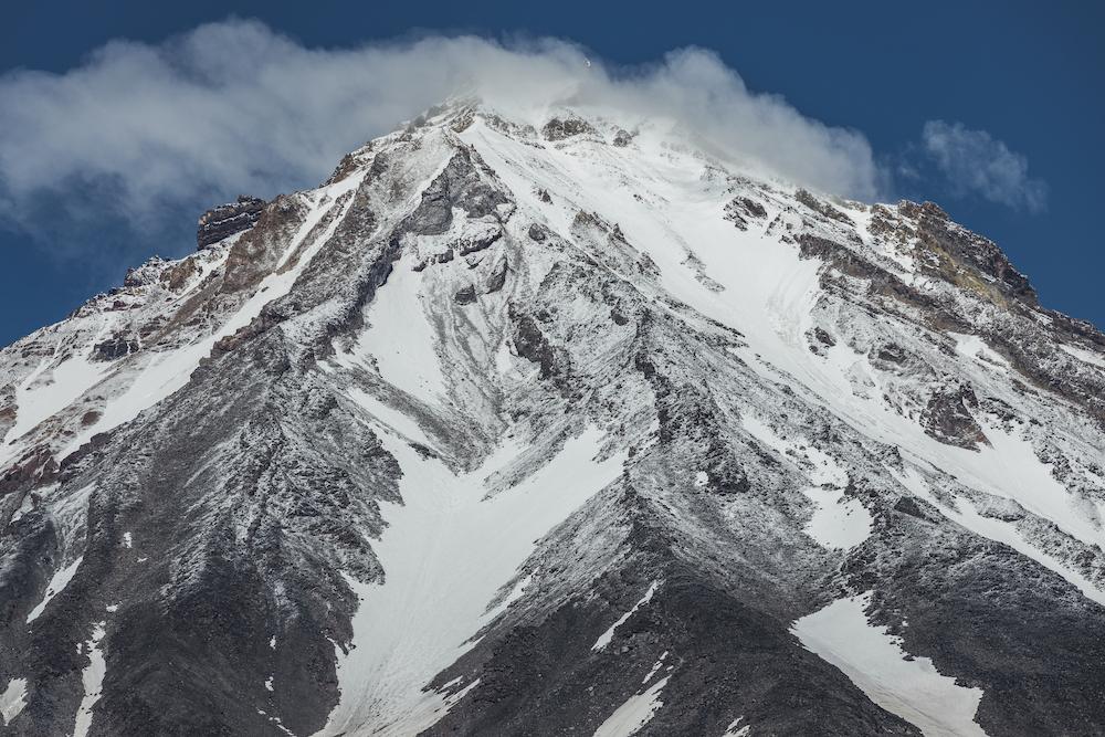 Вулканы, космические пейзажи и дружелюбные медведи: экспедиция на Камчатку, которую вы не забудете (фото 3)