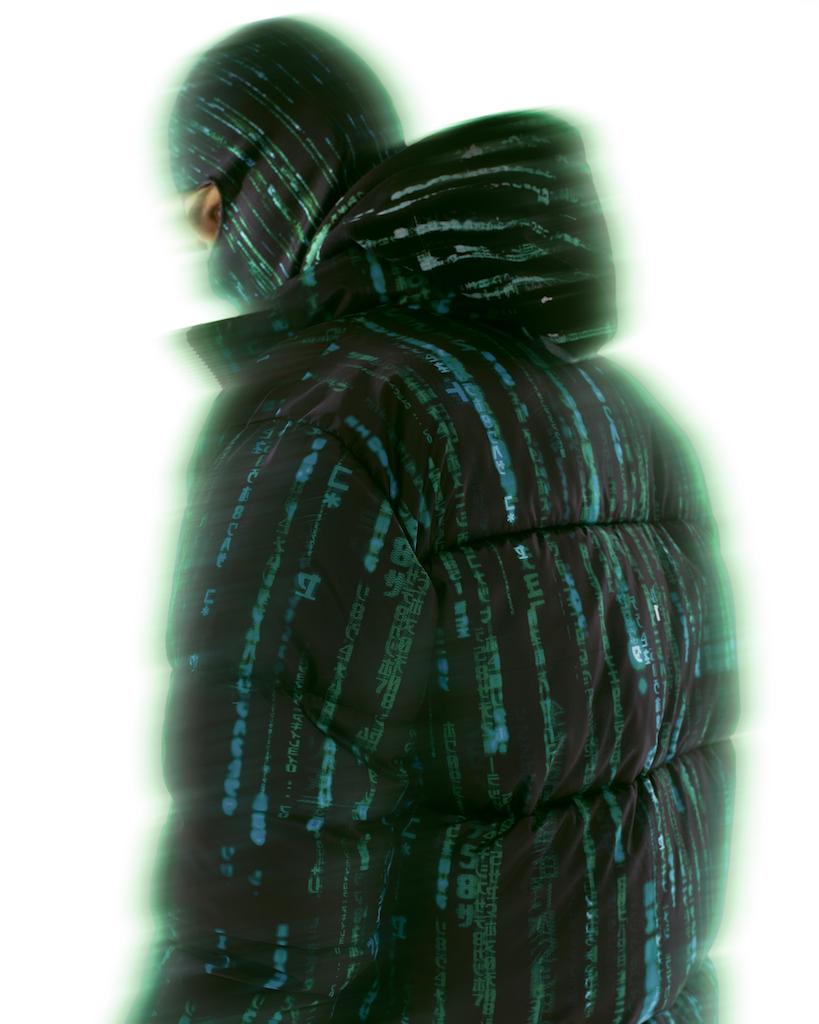 Pull & Bear выпустил рубашки и куртки с кадрами из «Матрицы» (фото 8)