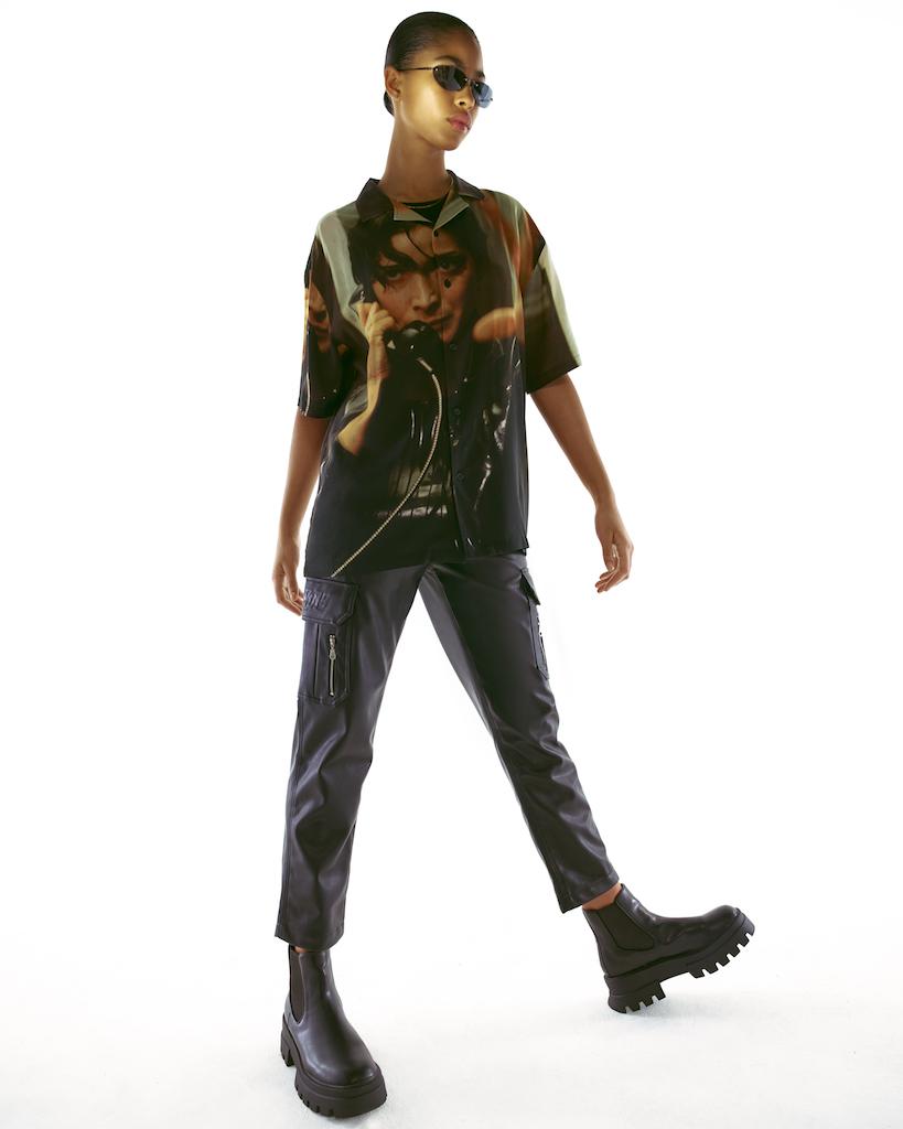Pull & Bear выпустил рубашки и куртки с кадрами из «Матрицы» (фото 5)