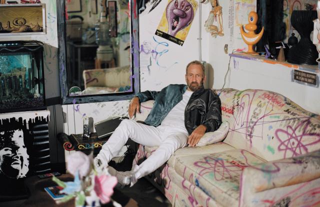В создании новой коллекции Dior Men принял участие художник Кенни Шарф (фото 1)