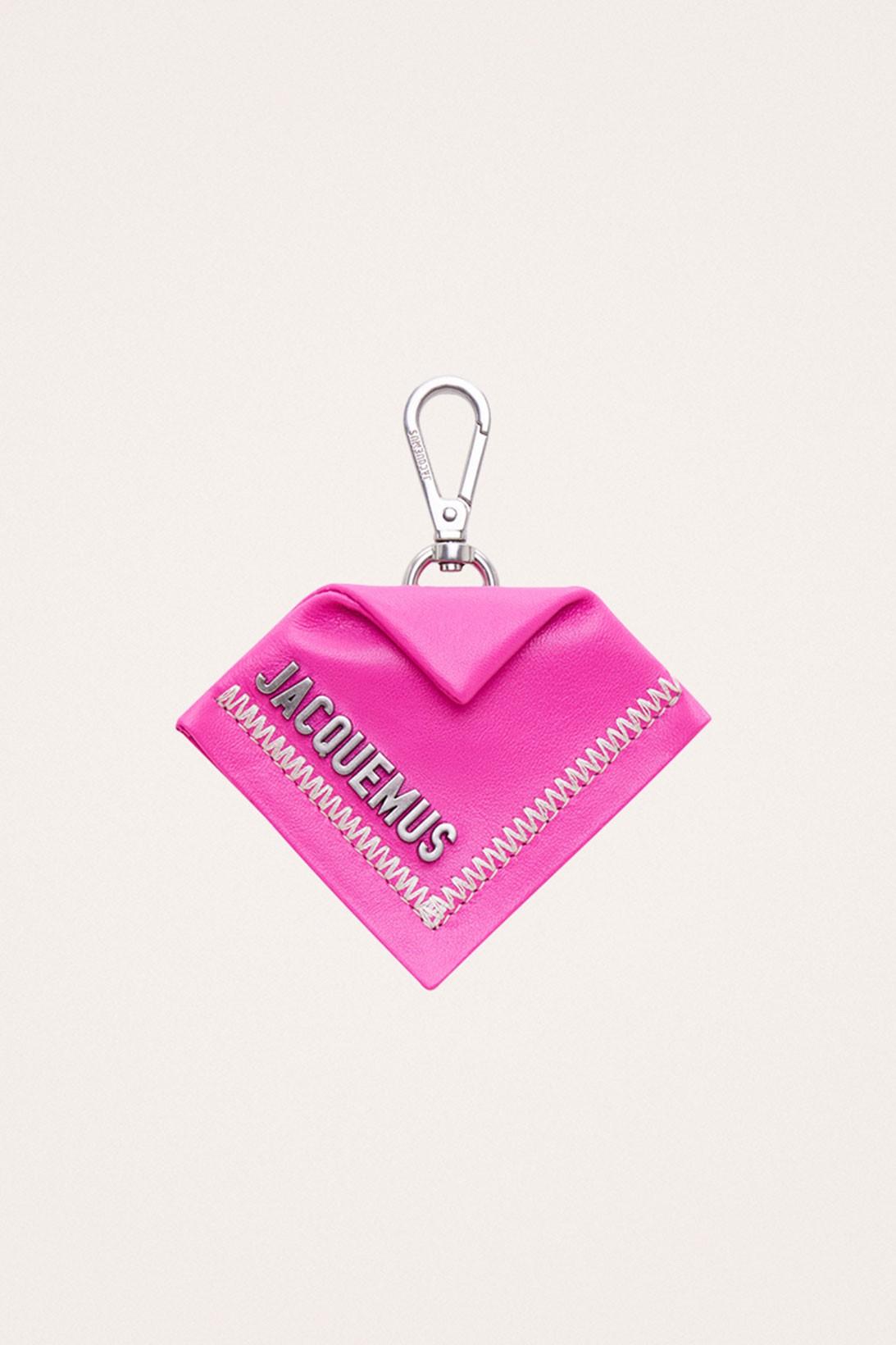 Jacquemus выпустил рождественскую капсулу в розовом цвете (фото 9)