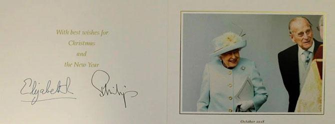 В Сети появились коллекционные рождественские открытки Елизаветы II (фото 13)
