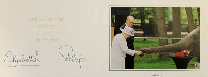 В Сети появились коллекционные рождественские открытки Елизаветы II (фото 2)