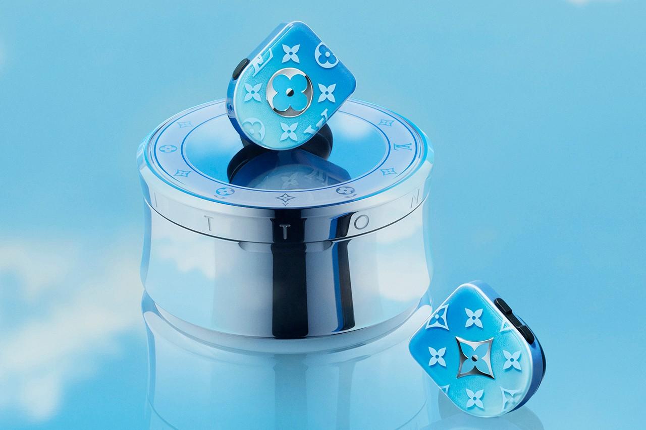 Louis Vuitton выпустил наушники с синим градиентом (фото 1)