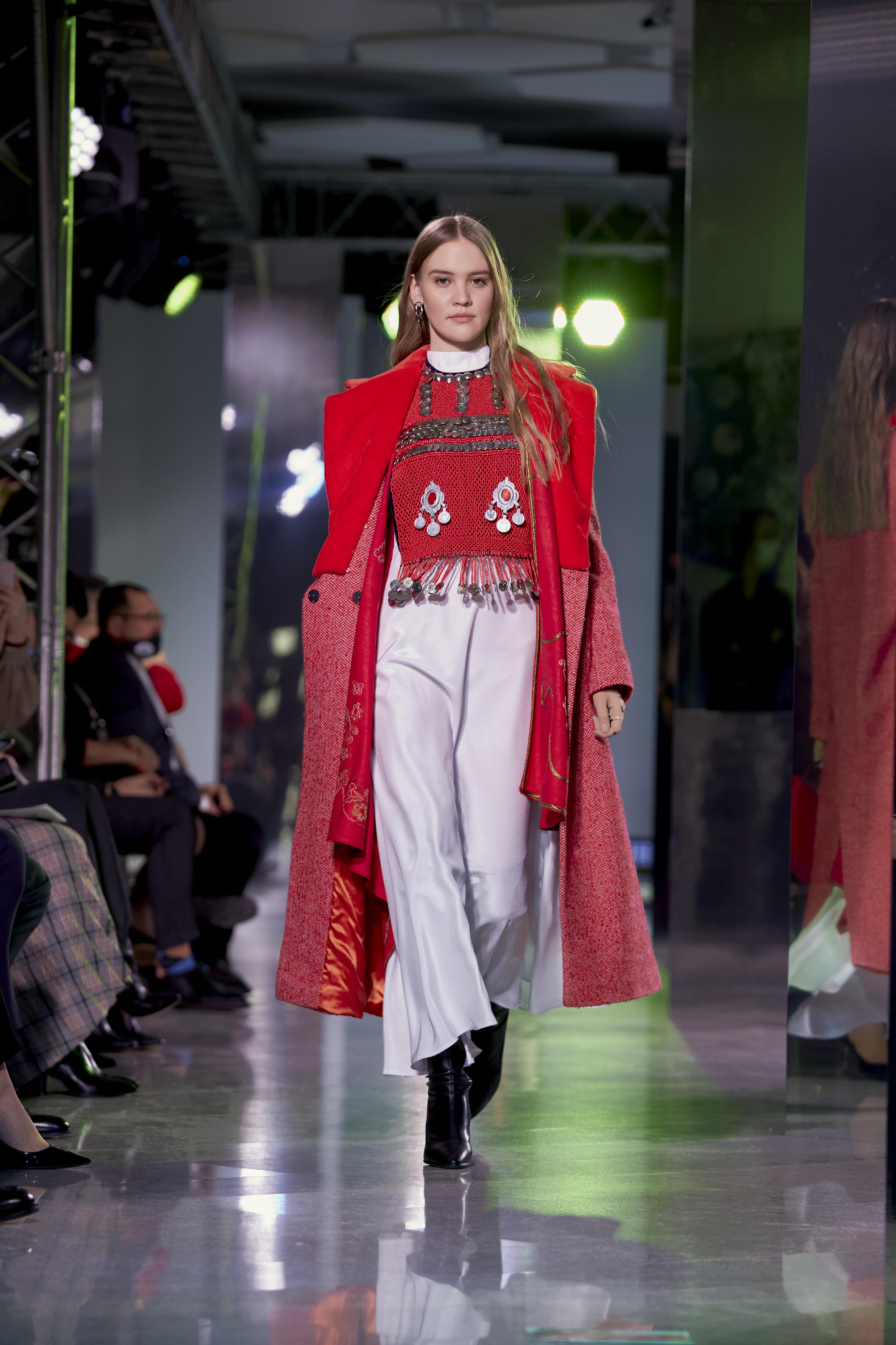 Cosmopolitan провел в Уфе показ «Мода без границ» (фото 23)
