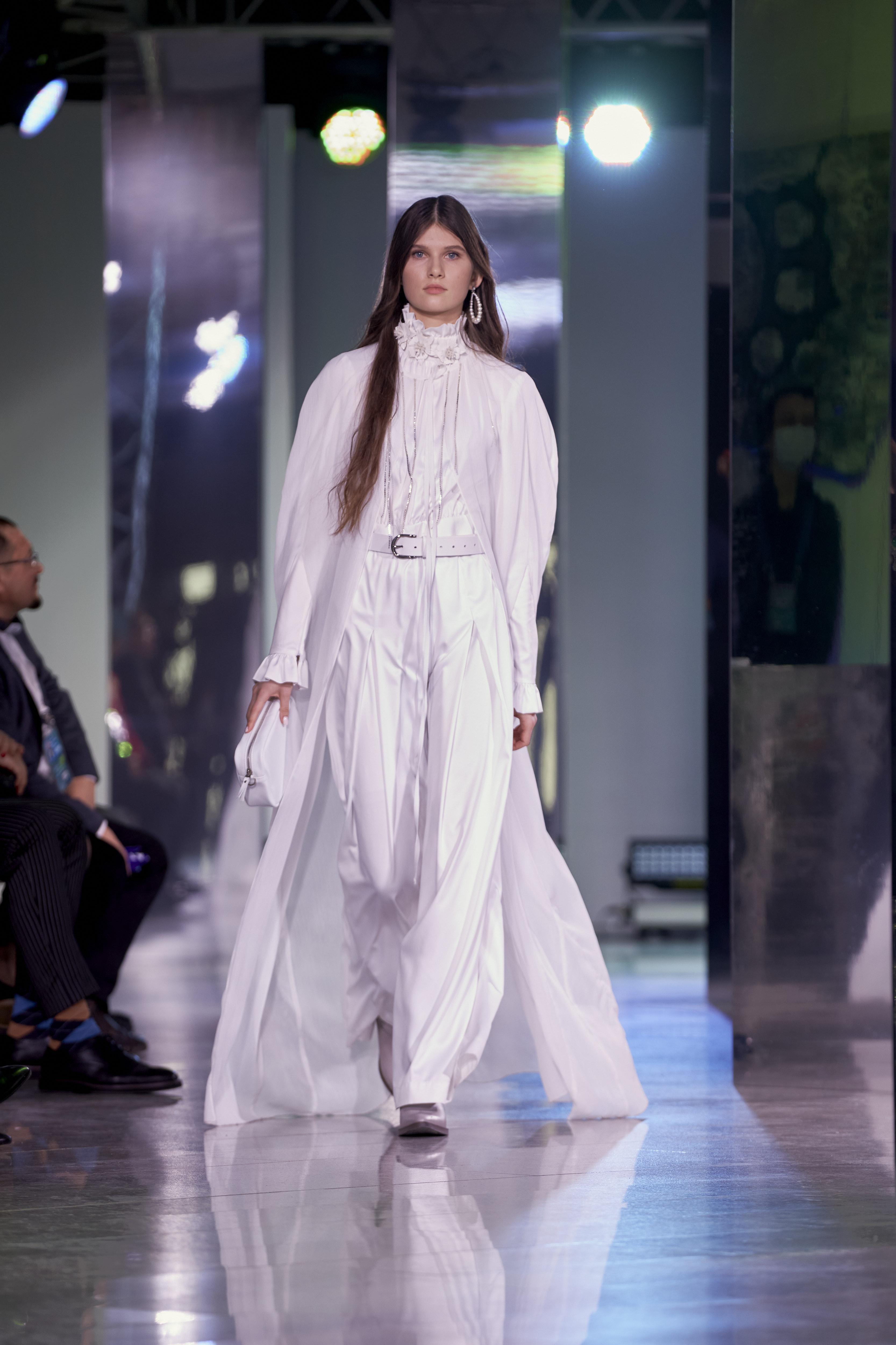 Cosmopolitan провел в Уфе показ «Мода без границ» (фото 4)