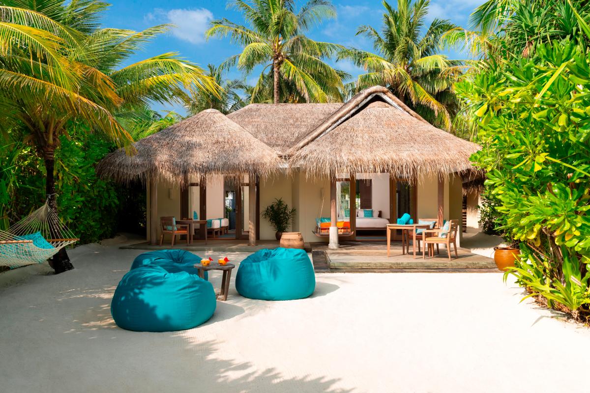 На курорте Anantara Dhigu Maldives открылась детская футбольная академия (фото 2)