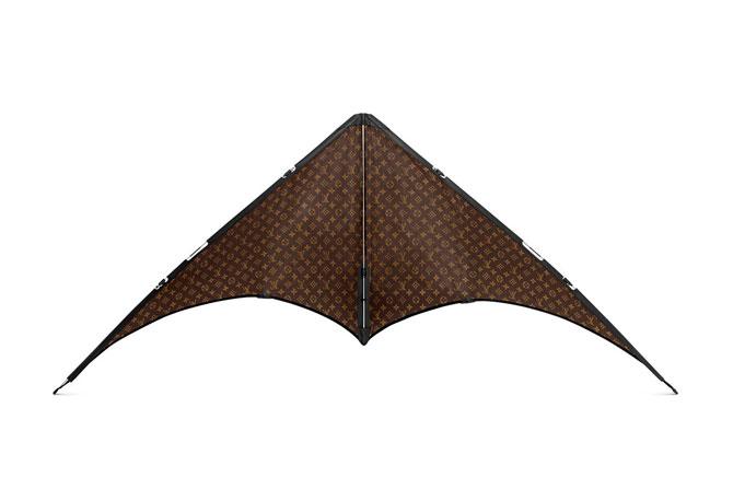 Louis Vuitton выпустил воздушного змея с монограммами (фото 1)