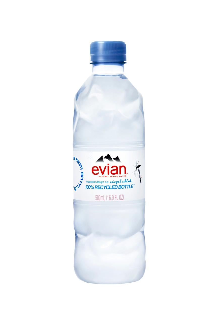 Вирджил Абло разработал новый дизайн бутылки воды Evian (фото 1)