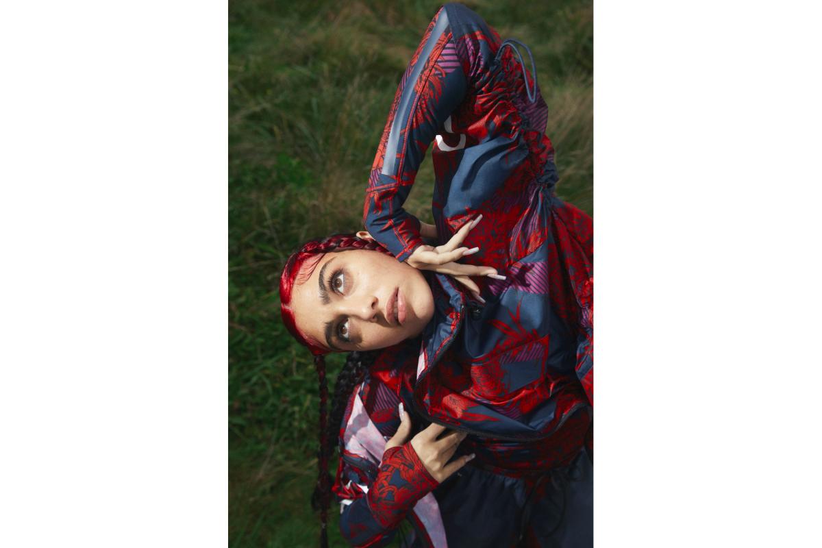 Цветочные принты и Лурдес Леон: вышла кампания новой коллекции adidas by Stella McCartney (фото 12)