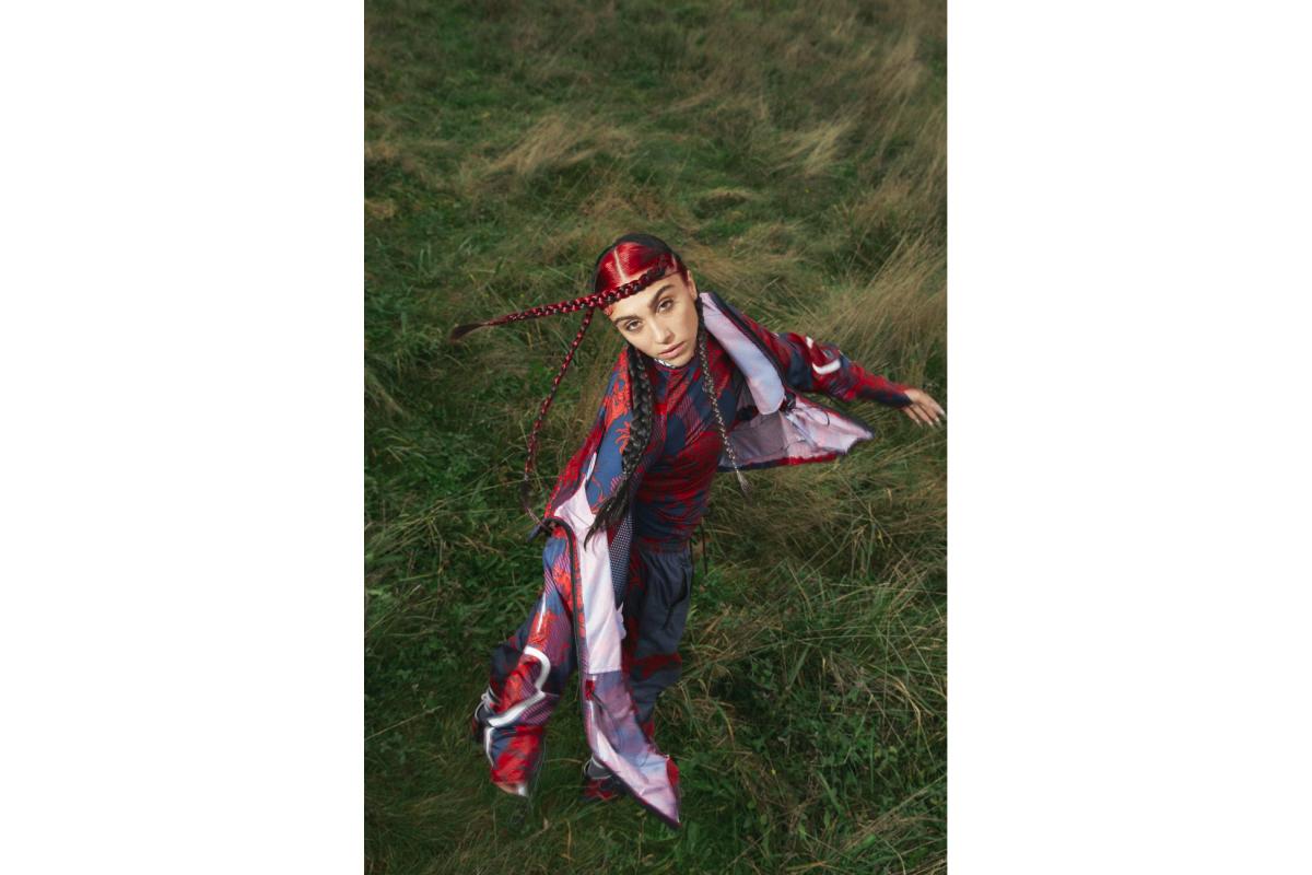 Цветочные принты и Лурдес Леон: вышла кампания новой коллекции adidas by Stella McCartney (фото 13)