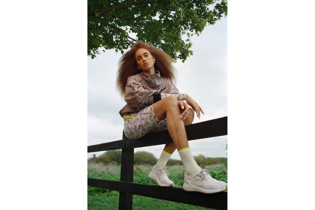 Цветочные принты и Лурдес Леон: вышла кампания новой коллекции adidas by Stella McCartney (фото 9)