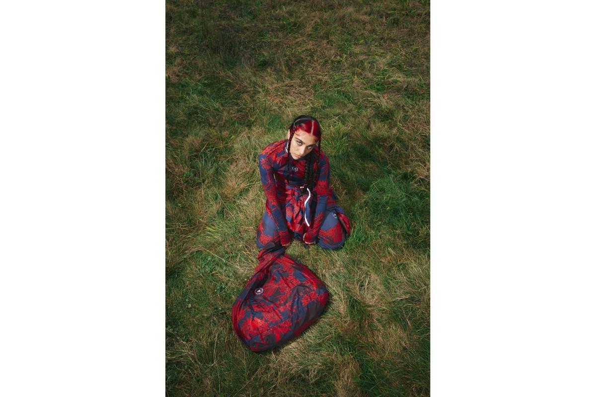 Цветочные принты и Лурдес Леон: вышла кампания новой коллекции adidas by Stella McCartney (фото 11)
