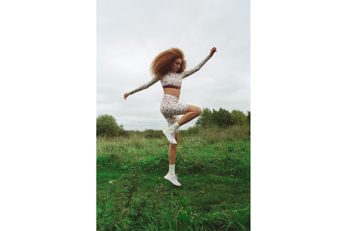 Цветочные принты и Лурдес Леон: вышла кампания новой коллекции adidas by Stella McCartney (фото 10)