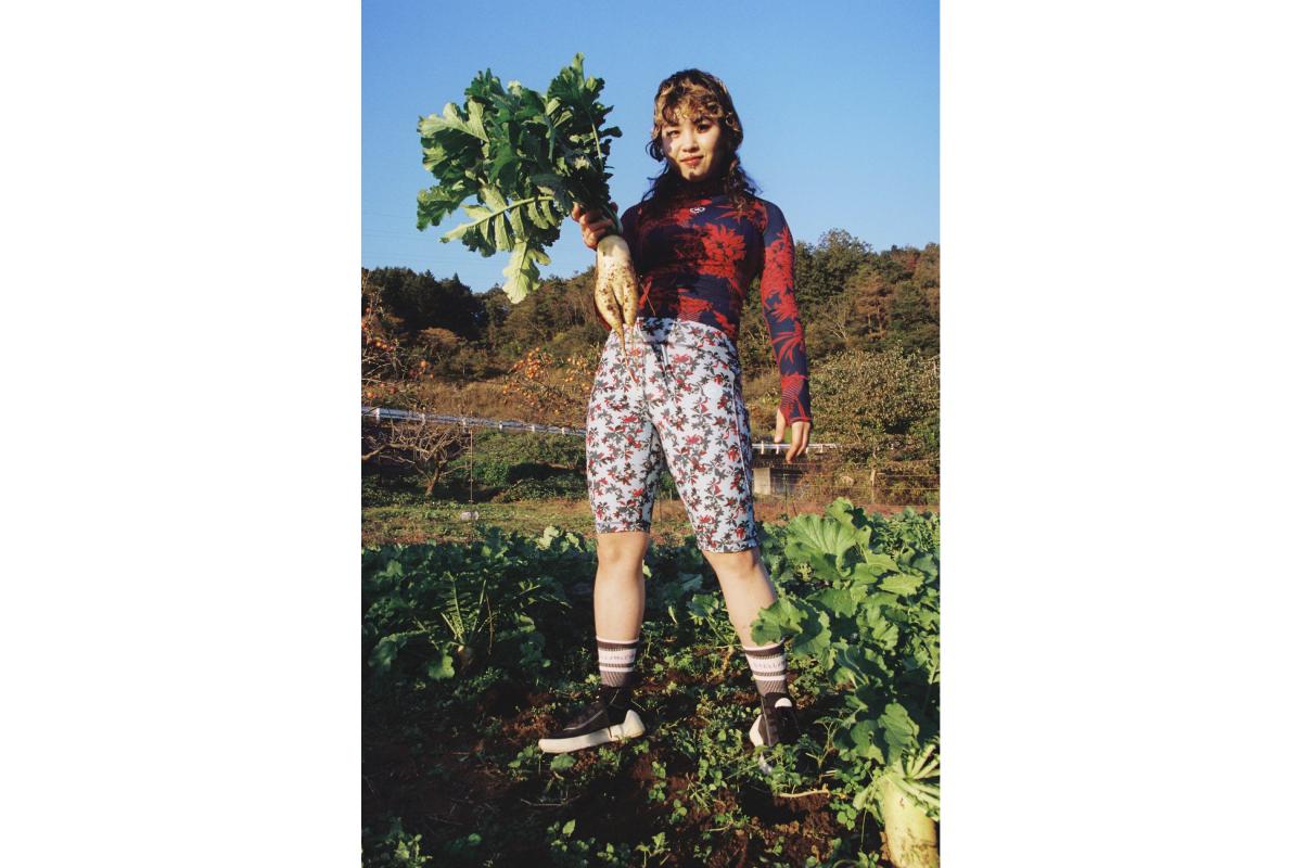 Цветочные принты и Лурдес Леон: вышла кампания новой коллекции adidas by Stella McCartney (фото 15)
