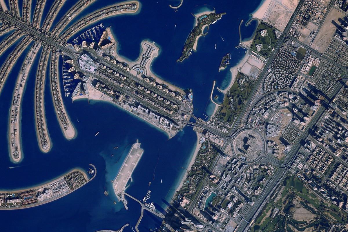 Canon запустил сайт, который позволяет фотографировать из космоса (фото 2)