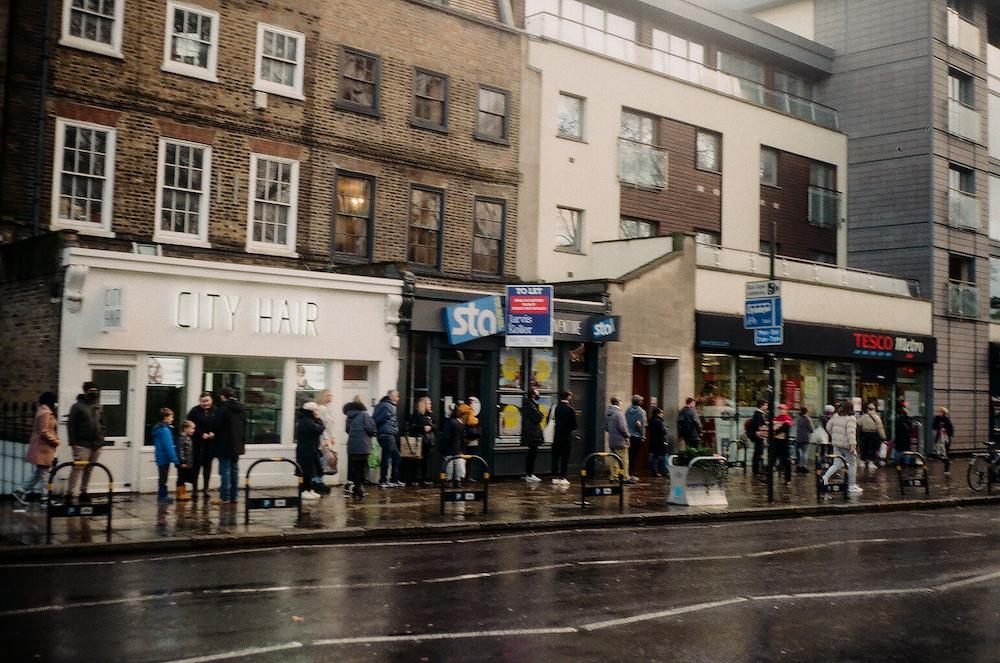 Зима в Лондоне: как город встречал 2021-й под третий локдаун (фото 4)