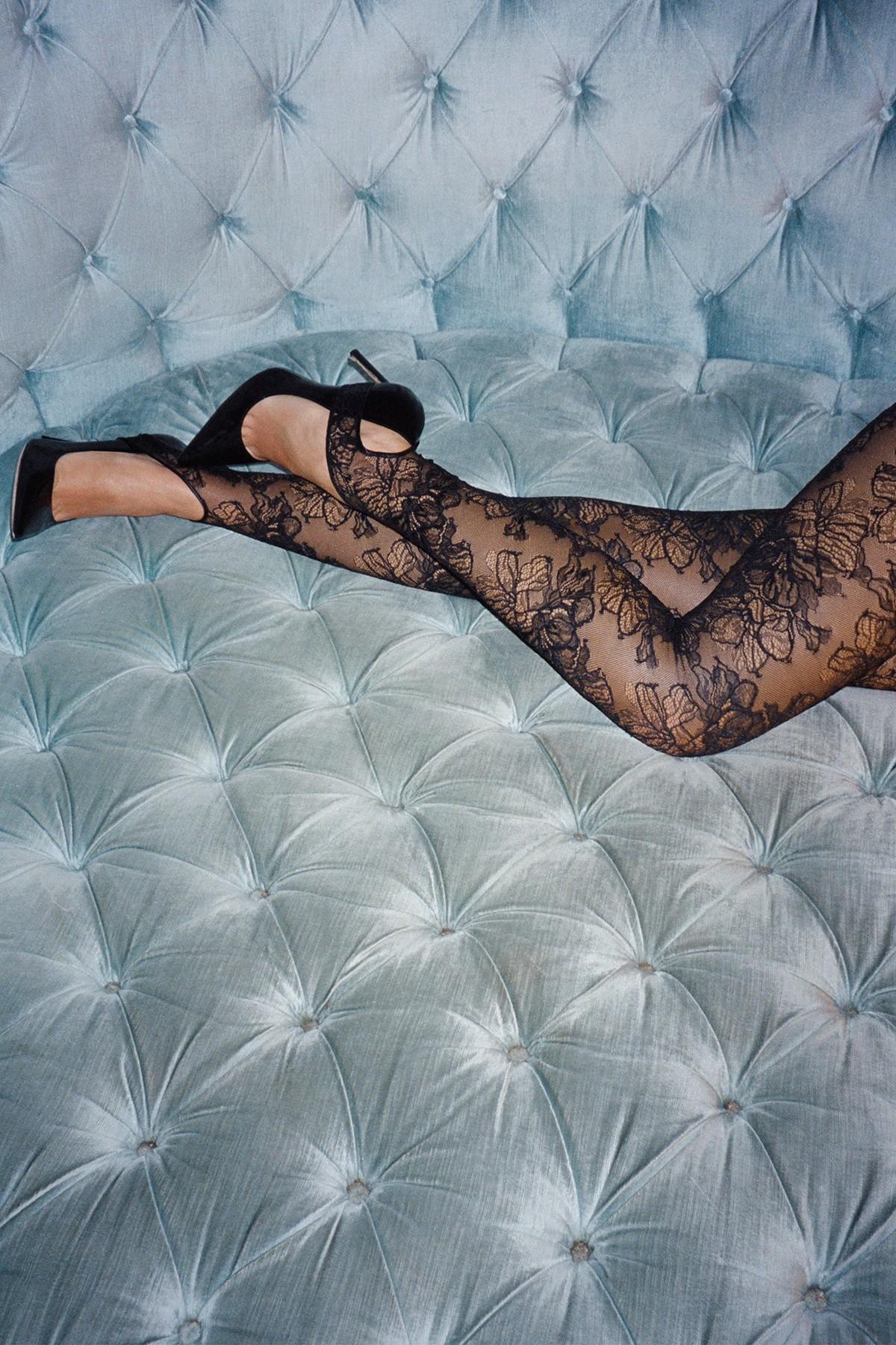 Дочь Джуда Лоу примерила белье в стиле 1980-х для новой кампании La Perla (фото 4)
