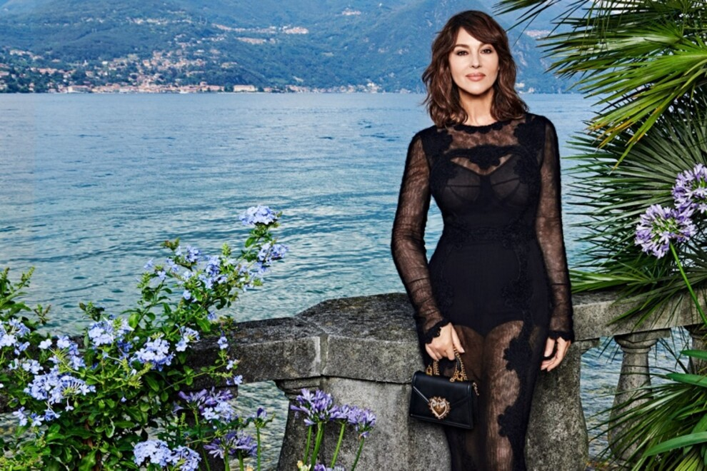 Моника Беллуччи снялась в кампании Dolce & Gabbana на озере Комо (фото 3)