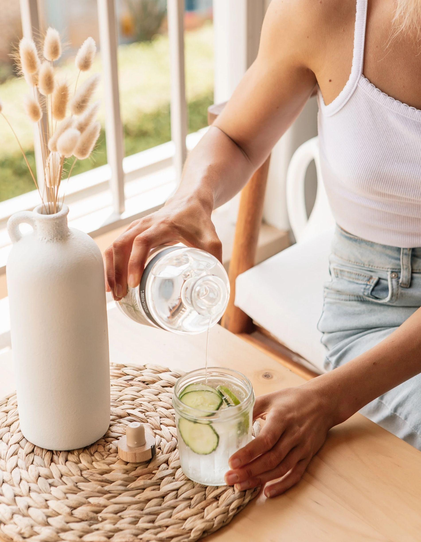 Не надо так: выпивать 2 литра воды в день (фото 1)