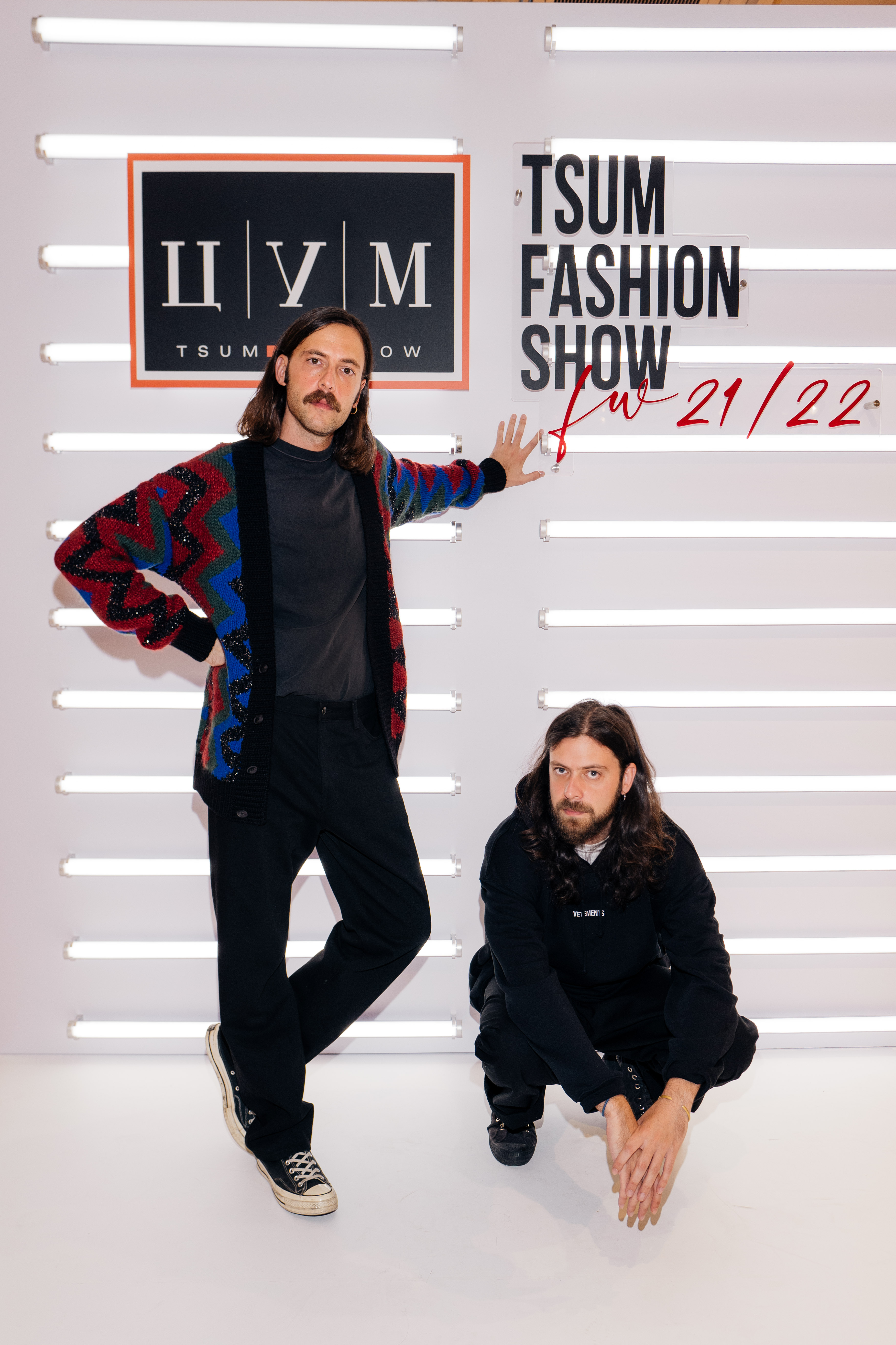 Simple Symmetry собрали плейлист для осенних вечеров по следам Tsum Fashion Show (фото 1)
